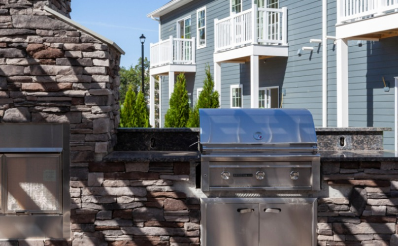 The Cornerstone Hauppauge - Outdoor Grill